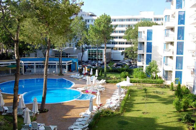Хотел Апартаменти Екселсиор